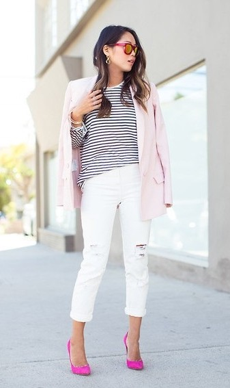 white_jeans_with_accessories